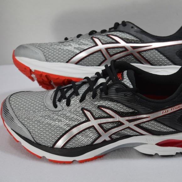a3372a50fdc3 New ASICS Men s Gel-Flux 4 Sneakers Size 12.5 4E